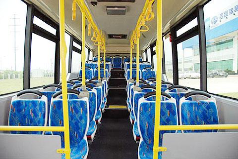 百路佳新型环保节能混合动力客车再次出口澳洲高清图片