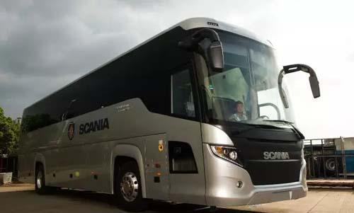 中国旅游车船协会会员代表参观斯堪尼亚-海格豪华客车