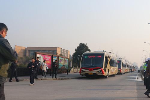 小,维保方便.金华BRT1号线是全球首条纯电动e-BRT线路,实现真图片