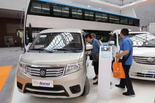 银隆新能源参展新疆国际节能与新能源汽车及电动车